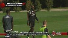 Balotelli'den Bacak Arası Şov!