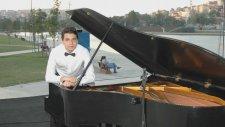 Solo Piyano Resital Urfanın Etrafı Dumanlı Dağlar Yöre Şanlı Urfa Türküsü Solist:OYA Şarkı özü Güney