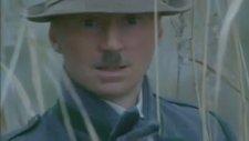 Hitler: Kötülüğün Yükselişi Fragmanı