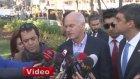 Papandreu, Gezi Parkı'na Fidan Dikti