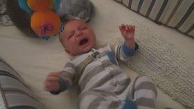 Star Wars Müziği İle Sakinleşen Bebek