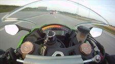 299 km hızla Audi'yi Kawasaki ile geçememek