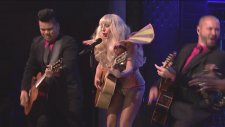 Lady Gaga - Gypsy (Canlı Performans)