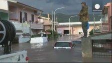 Sardunya Adası'nda Şiddetli Fırtına 16 Can Aldı