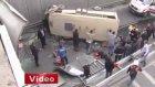 İstanbul'da Dehşet: Yolcu Minibüsü Üst Geçitten Uçtu