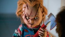 Katil Bebek Chucky Otobüs Durağı - Kamera Şakası