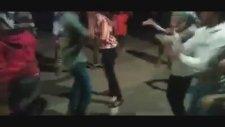Gangnam Style dansı kanlı bitti: 3 ölü!