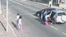 Acımasız Araba Hırsızları Kamerada