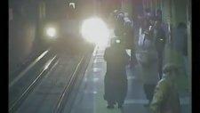 Ankara metrosunda intihardan girişiminde mucize kurtuluş