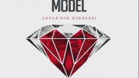 Model - Sen Ona Aşıksın