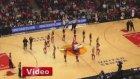 NBA Maçında Sürpriz Evlenme Teklifi