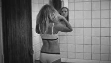 Caroline Wozniacki'nin İç Çamaşırı Çekimleri