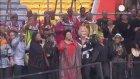 Mandela'nın cenazesi doğduğu köyde toprağa veriliyor