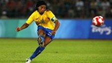 Ronaldinho'dan Muhteşem Frikik Golü