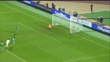 Ronaldinho'nun Müthiş Golü Yetmedi!