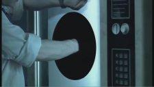 Kara Delik (The Black Hole) Kısa Film