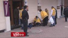 Genç kadına sokak ortasında infaz