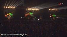 Justin Bieber - Eenie Meenie (Concert Mexico Live High Definition)