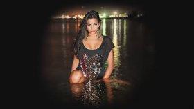Ayda Mosharraf - Başkası Yok