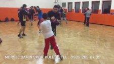 Çocuklarla Kick Boks Dersi