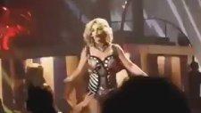 İşte Britney Spears'in O Fermuar Kazası