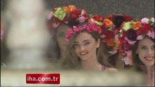 Miranda Kerr Antalya'da Büyüledi