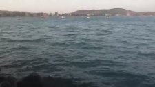 İzmir,çandarlı Tatil Köyü Güzel Deniz'i  Önerilir