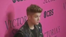 Justin Bieber Alkollü Araç Kullanmaktan Tutuklandı