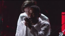Imagine Dragons ft. Kendrick Lamar - Radioactive   M.A.A.D. City (2014 Grammy Ödülleri)