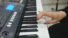 Piyano Merdiven Tizden Peste Parmak Sırası
