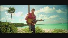 Brett Eldredge - Beat Of The Music