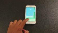 Flappy Bird Oyunun Sinirini Telefondan Çıkaran Genç