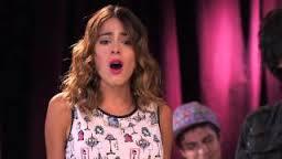 Violetta 2 - Vilu Y Los Chicos Cantan Algo Se Enciende
