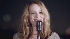 Bridgit Mendler - Top Of The World (Akustik)