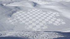 Muhteşem Kar Sanatı - Quattro - Simon Beck