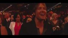 Daft Punk Feat. Pharrell Williams & Stevie Wonder - Get Lucky (2014 Grammy Ödülleri)