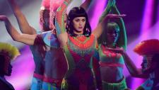 Katy Perry - Dark Horse (The Brit Awards 2014)