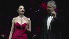 Andrea Bocelli Ve Sıla Aynı Sahnede!