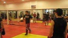 Muay Thai Antrenmanı
