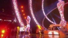 Ellie Goulding - I Need Your Love / Burn BRIT Awards
