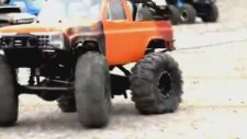 4x4 RC Car Racing Pulling The Rope