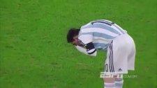 Messi'nin Maç Esnasında Kusması!