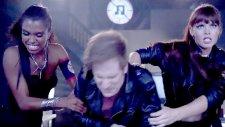 Fall Out Boy - Rat a Tat ft. Courtney Love