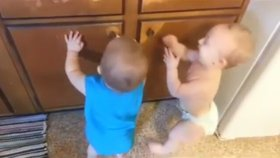 İkizlerin Anlam Verilemeyen Oyunu