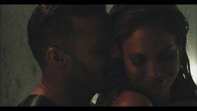 Ricky Martin Feat. Jennifer Lopez Wisin - Adrenalina