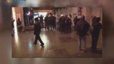 Taksim'de Polisle Vatandaş Arasında İlginç Diyalog (12 Mart 2014)