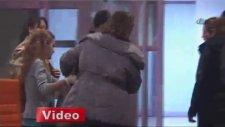 Şehit Polisin Eşi Hastanede Kriz Geçirdi!