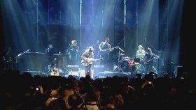 Büyük Ev Ablukada - Dünya'nın Son Konseri (Full Faça)
