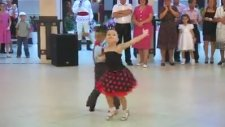 Harika Bir Dans Gösterisi