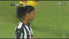 Ronaldinho'dan Penaltı Dersi!